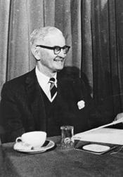 McDougal, Robert, Jr.