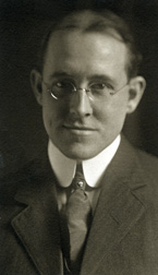Wells, Harry Gideon