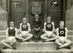 Track, 1919