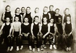 Wrestling, 1916
