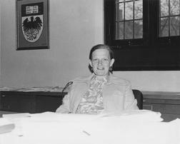 Straus, Lorna P.