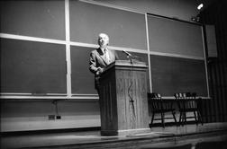 Straus, Roger W. Jr.